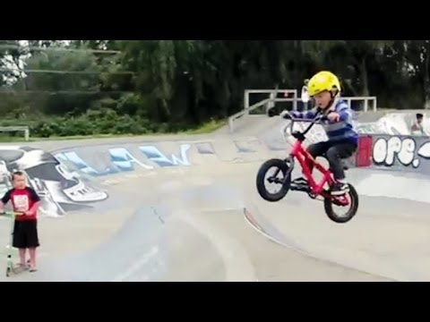 4 jährige BMX-Zwillinge in Action